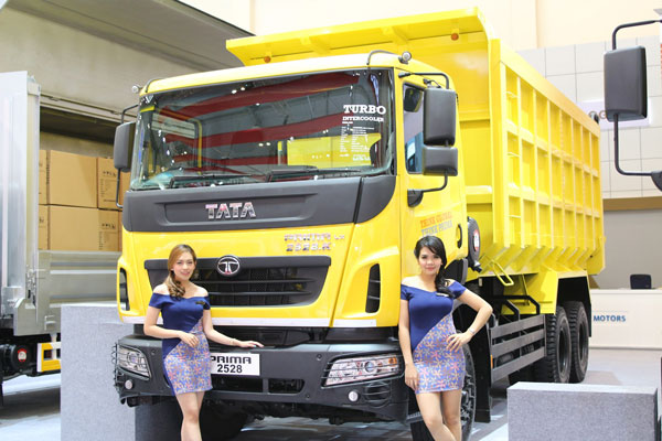 LAMPUNG POST | Tata Motors Raih 84 Unit SPK di GIIAS