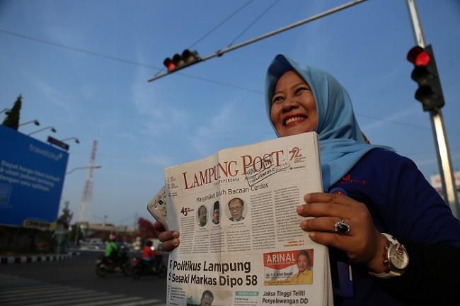 LAMPUNG POST | Lampung Post Masuk 10 Besar Tingkat Nasional Penggunaan Bahasa Terbaik dari Kemendikbud