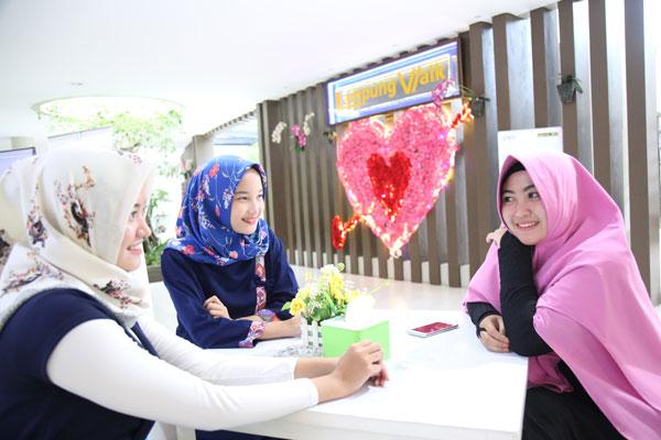 Lampung Walk Hadirkan Tiga Simbol Hati nan Cantik