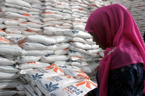 LAMPUNG POST | 20 Ribu Tob Beras Impor yang Masuk Melalui Lampung