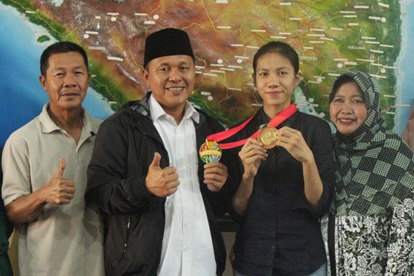 LAMPUNG POST | Atlet Kelahiran Lampung Tengah Sumbang Emas SEAG 2017 Malaysia
