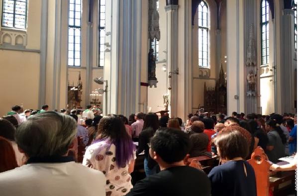 LAMPUNG POST   Doa Katedral untuk Umat Islam di Hari Nan Fitri