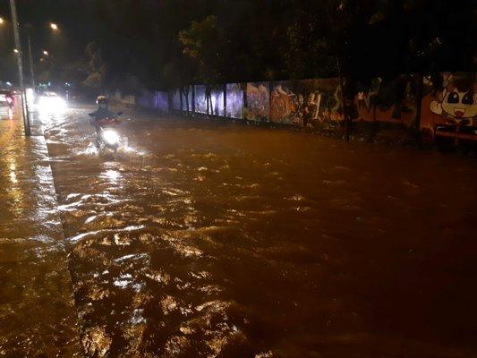 Titik Banjir Hampir di Semua Kecamatan, Ini Penyebabnya