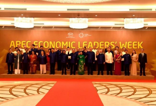 LAMPUNG POST   Jokowi Tekankan Pentingnya Ekonomi Terbuka di KTT APEC