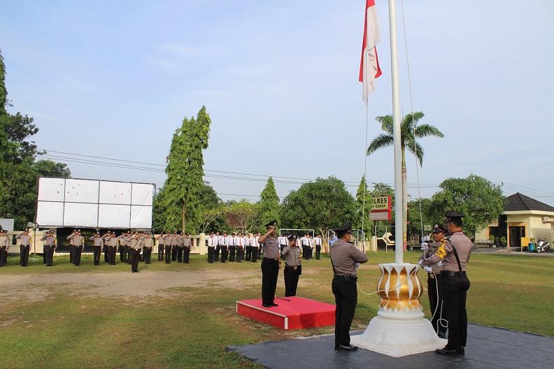 Tingkatkan Disiplin, Polres Way Kanan Gelar Upacara HKN