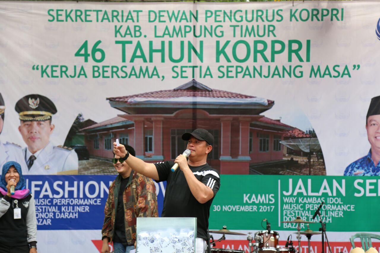 LAMPUNG POST | Puncak HUT Korpri di Lampung Timur Meriah
