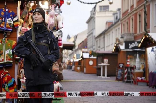 Polisi Jerman Kosongkan Pasar Usai Ditemukan Benda Berisi Paku