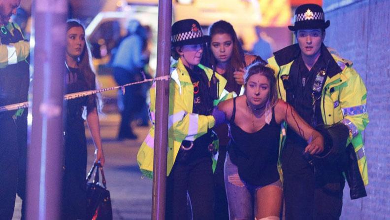 LAMPUNG POST | Teror di Konser Ariana Grande Undang Reaksi Musisi Dunia