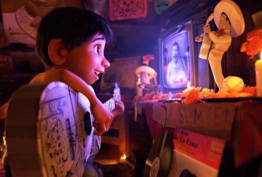 LAMPUNG POST | Coco Jadi Film Animasi Terbaik di Golden Globe Awards 2018