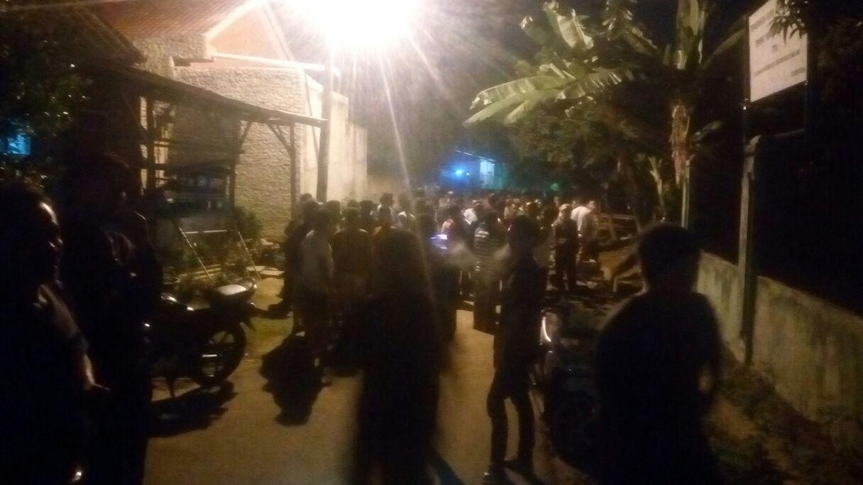 LAMPUNG POST | Jambret Gegerkan Warga Kemiling, Satu Pelaku Tertangkap