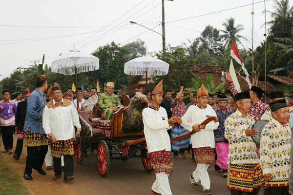 LAMPUNG POST | Gubernur Ridho Dapat Gelar Pangeran Raja di Lappung