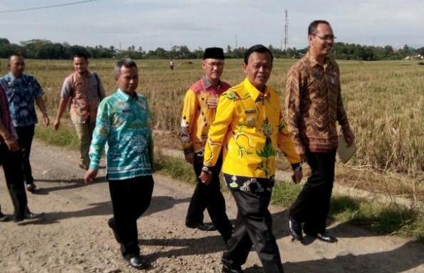 Wali Kota Metro Tinjau Pembangunan Jalan