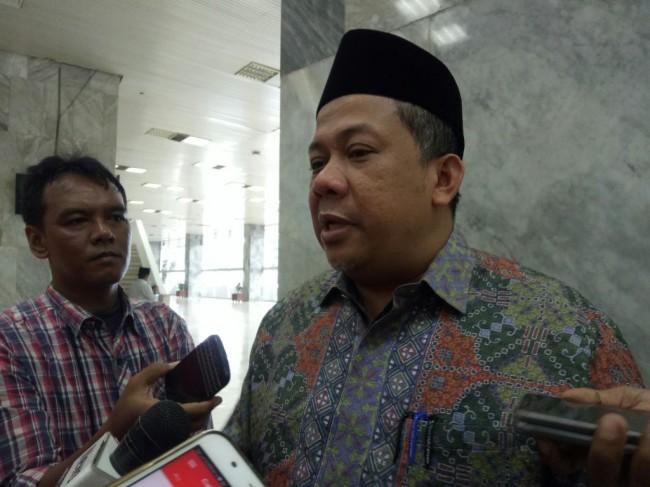 LAMPUNG POST | Fahri Hamzah Sebut Elektabitas Jokowi Bisa Jadi Blunder