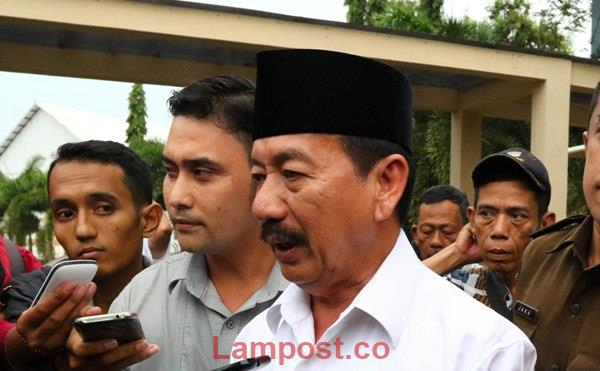 LAMPUNG POST | Wali Kota Herman HN Legawa Pemkot Didemo Soal Reklamasi