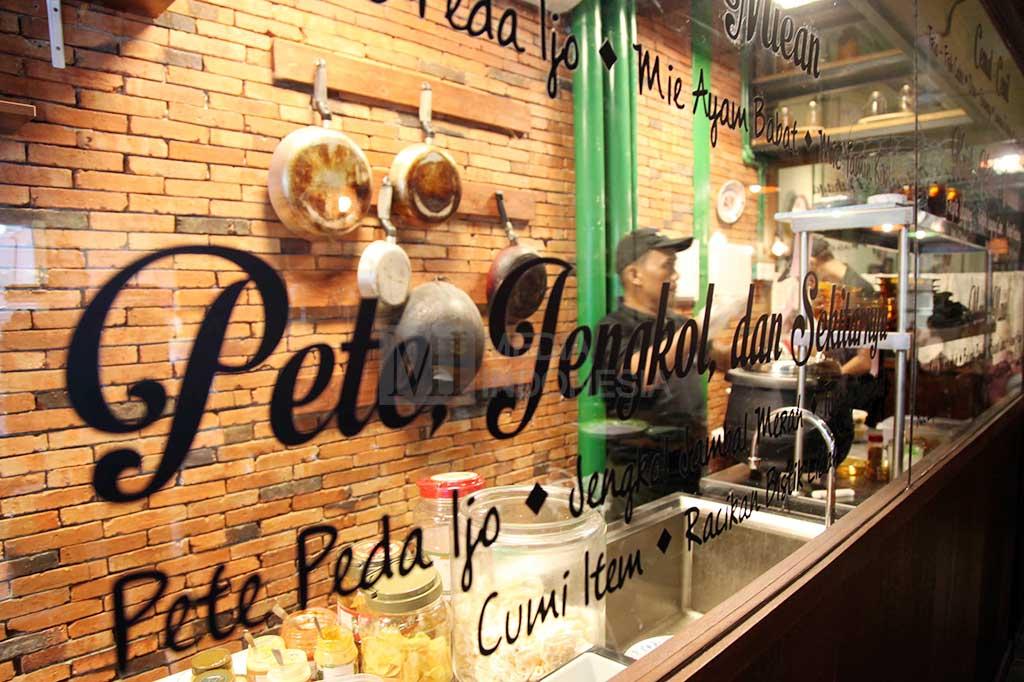 LAMPUNG POST   Pengusaha Restoran Diminta Pasang Tirai hingga Waktu Berbuka