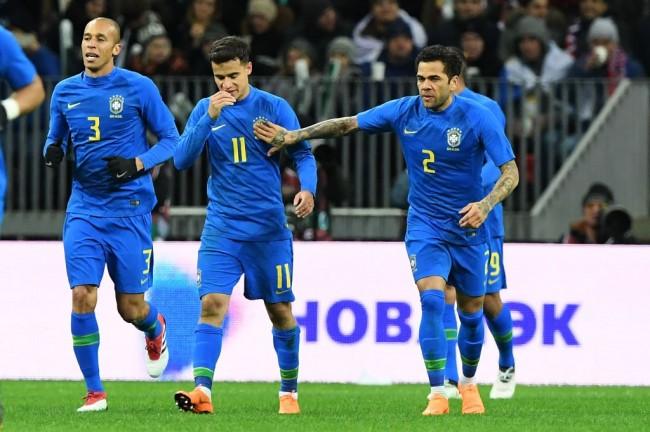 LAMPUNG POST | Brasil Pecundangi Tuan Rumah Piala Dunia