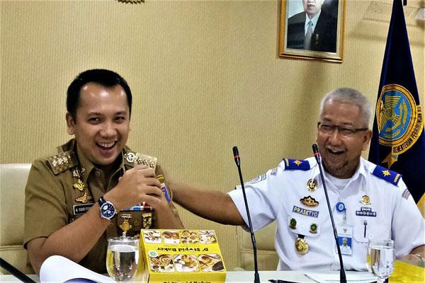Gubernur Lampung dan Kemenhub Sepakat Babaranjang Keluar dari Bandar Lampung
