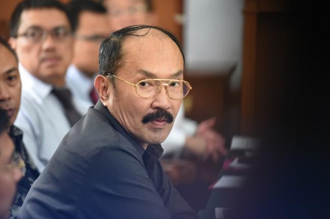 LAMPUNG POST | Kuasa Hukum Minta Jokowi Lindungi Setya Novanto