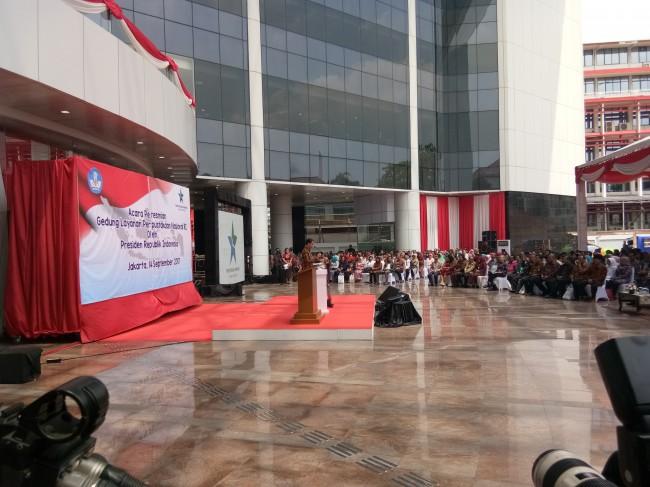 LAMPUNG POST | Presiden Beri Lampu Hijau Dana Desa untuk Perpustakaan