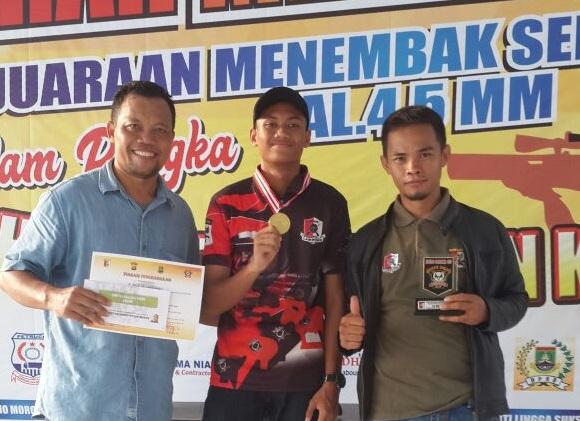 LAMPUNG POST | Atlet Kobel SC Lampung Raih Juara Satu Kejuaraan Menembak di Cilegon