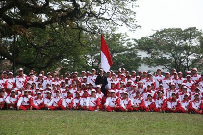 LAMPUNG POST | Jokowi Menanti Lagu Indonesia Raya Berkumandang di Malaysia