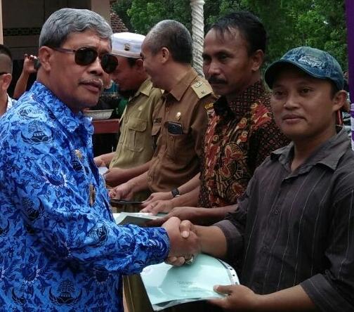 LAMPUNG POST | Batas Dua Kampung Mujirahayu dan Tanjungratu Ilir Ditetapkan