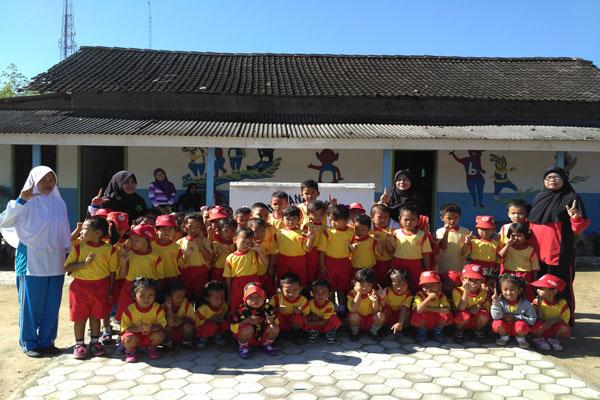 LAMPUNG POST   TK Dahlia Mendidik Siswa di Tengah Keterbatasan