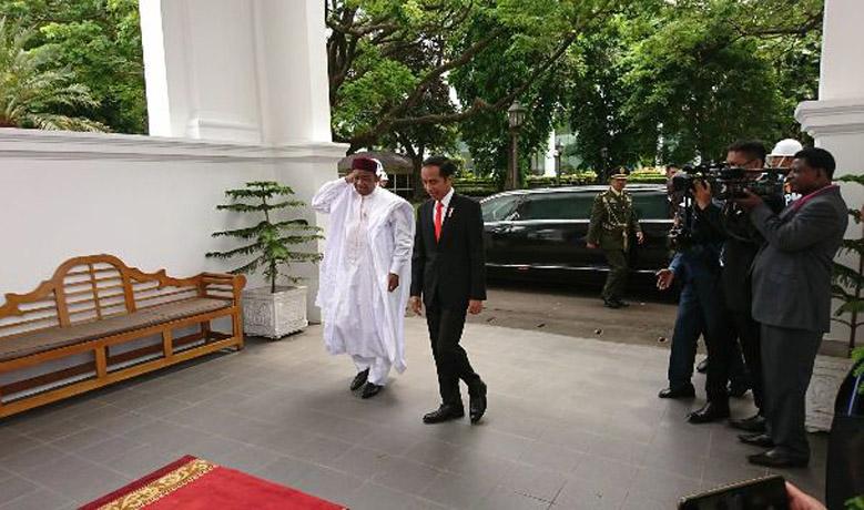 LAMPUNG POST | Jokowi Terima Kunjungan Presiden Niger di Istana