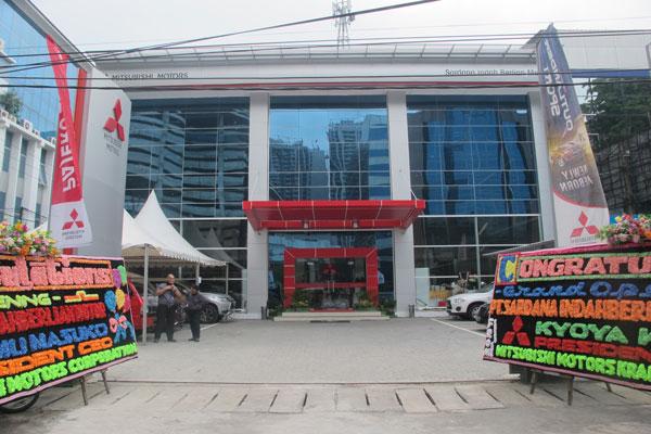 LAMPUNG POST | Mitsubishi Buka Diler Baru di Medan
