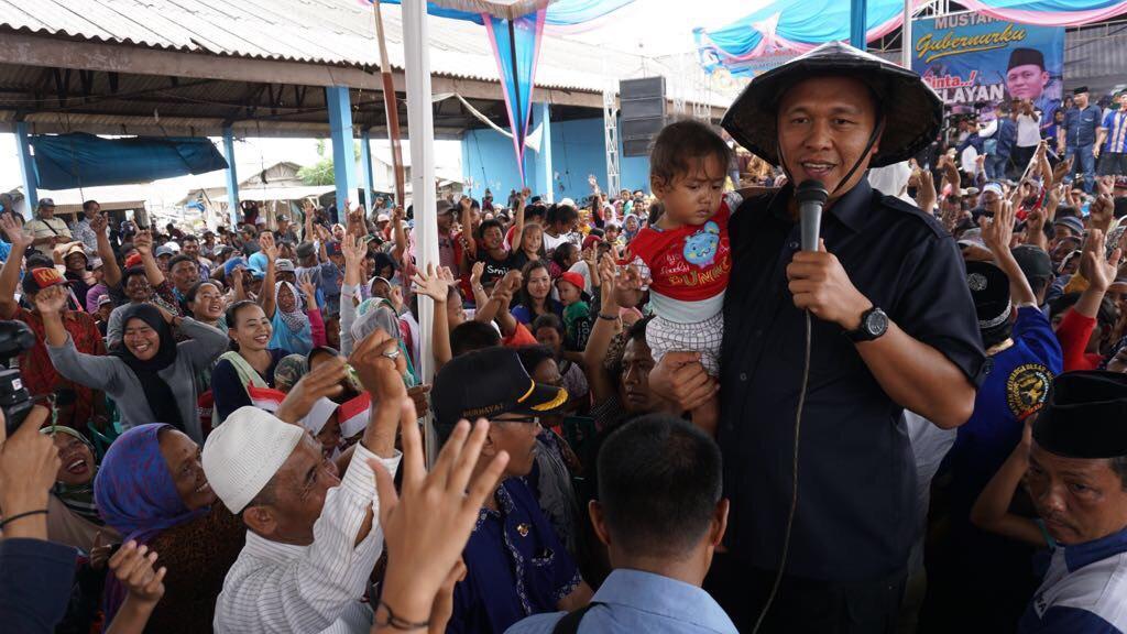 Ribuan Nelayan Labuhan Maringgai Inginkan Mustafa Jadi Gubernur