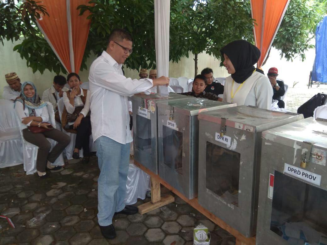 LAMPUNG POST | Human Error Jadi Evaluasi Simulasi Penghitungan Suara KPU Bandar Lampung