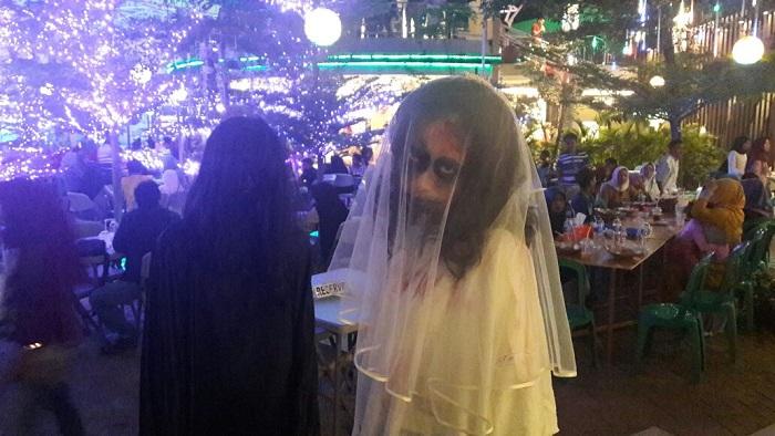 LAMPUNG POST | Lampung Walk Gelar Kontes Foto Instagram Edisi Halloween