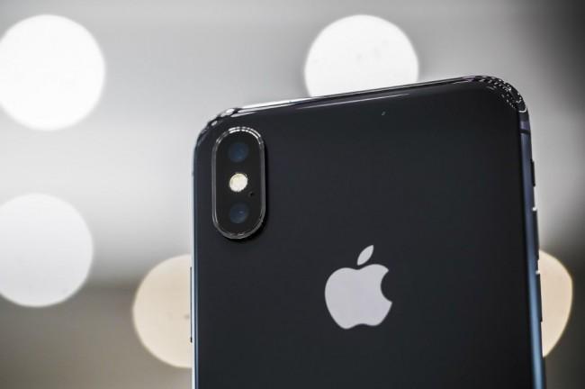 Apple Bakal Luncurkan iPhone X dengan Harga Murah