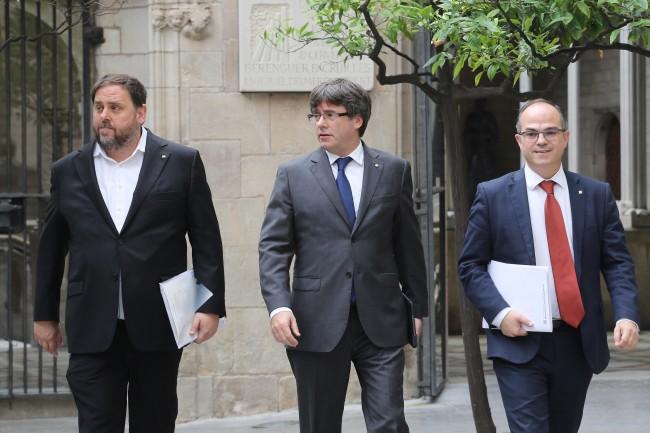 LAMPUNG POST | Presiden Catalonia Tunda Deklarasi Kemerdekaan