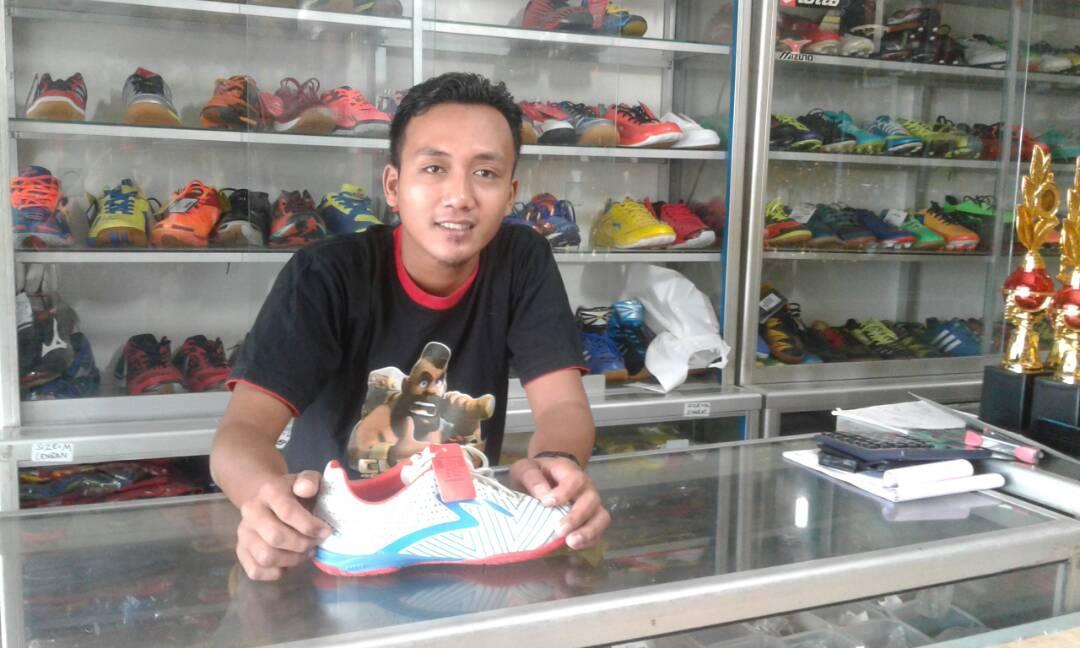 LAMPUNG POST   Perlengkapan Olahraga Lengkap di Indrakila