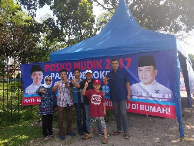LAMPUNG POST | Partai Demokrat Dirikan Posko di Jalan Soekarno Hatta