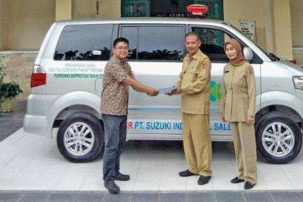 Suzuki Donasikan Kendaraan Fasilitas Kesehatan