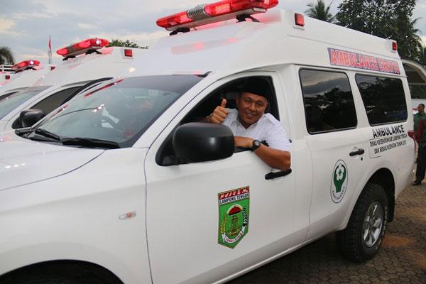LAMPUNG POST |  Lampung Tengah Miliki Call Center di Setiap Puskesmas