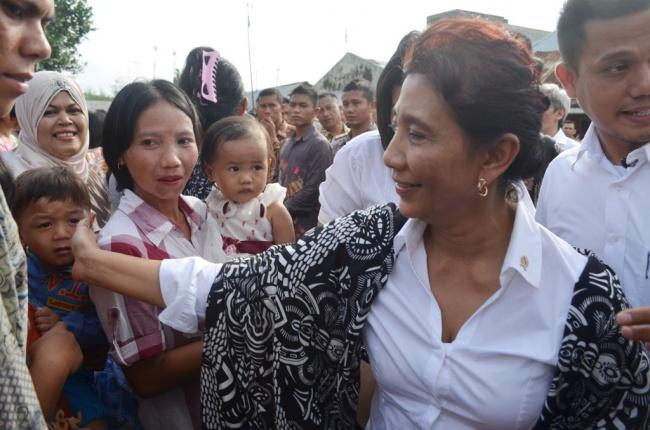 LAMPUNG POST | Menteri Susi: Tak Boleh Ada Kaveling di Laut Indonesia
