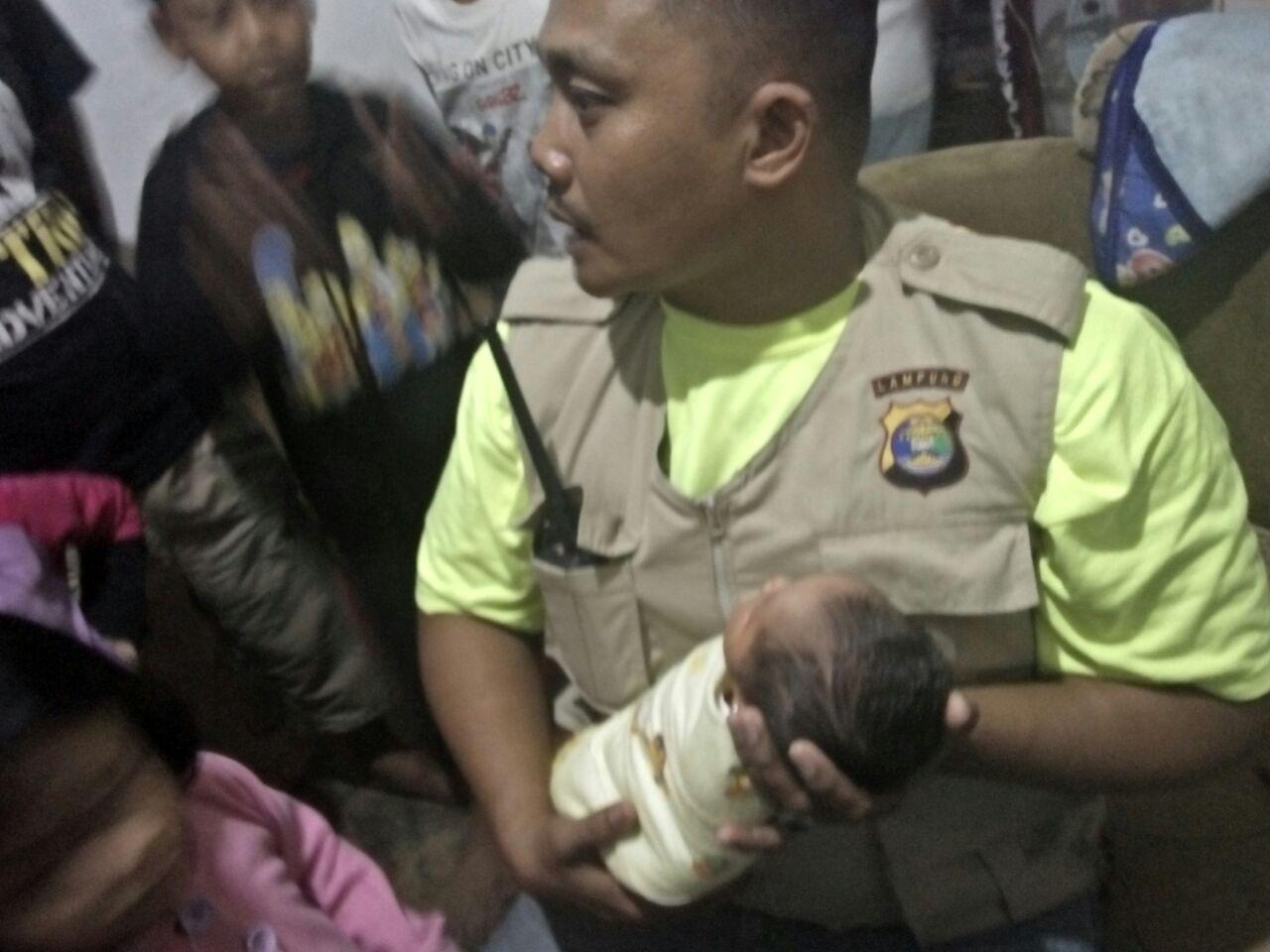 Polsek Telukbetung Utara Usut Pembuang Bayi Perempuan
