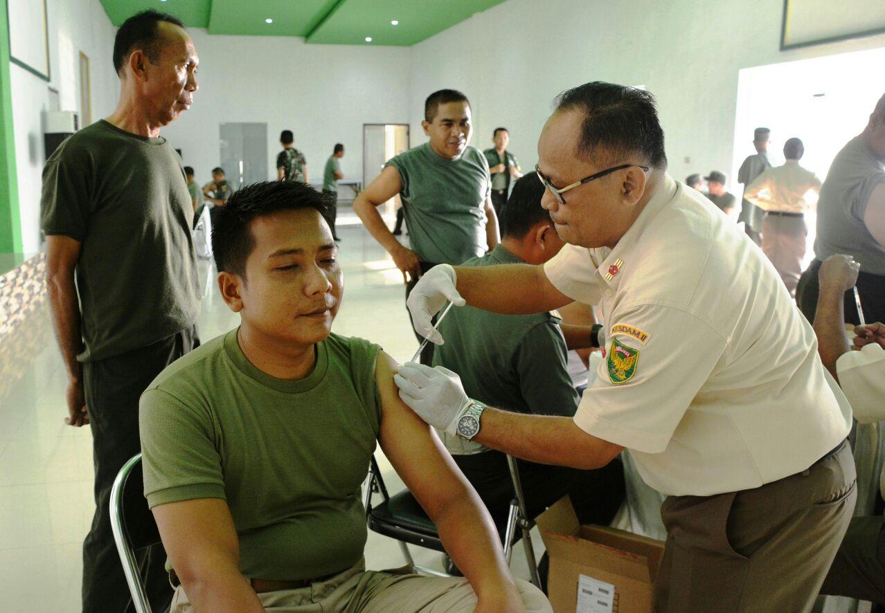 Korem043/Garuda HitamGelar Suntik Vaksin Hepatitis B Bagi Anggota