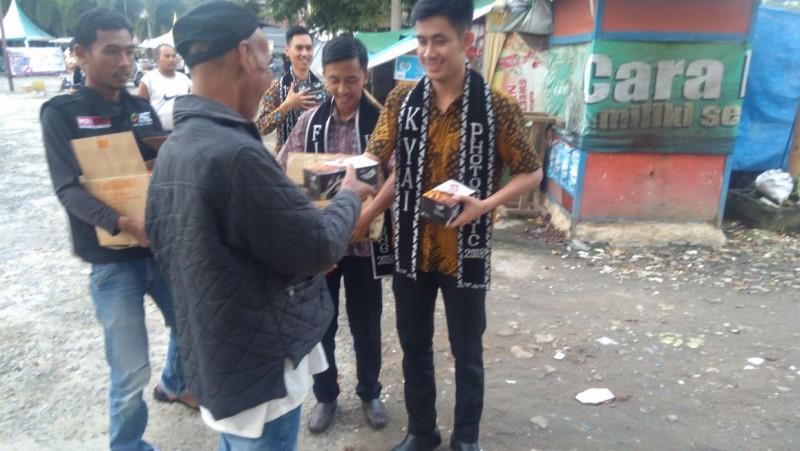 ACT Bersama Komunitas Kyai Lampung Bagikan Paket Makanan