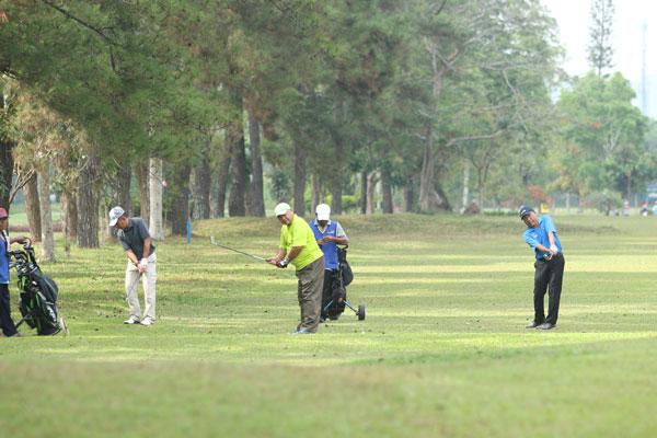 LAMPUNG POST | Akrab di Hamparan Padang Golf