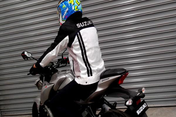 Suzuki Berikan Jaket Sporty Setiap Beli GSX-R150 dan GSX-S150