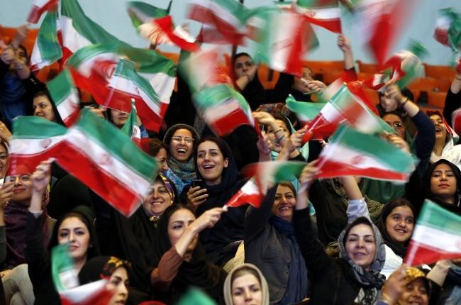 LAMPUNG POST | Jalur Transportasi Diputus, Iran Kirim Makanan ke Qatar
