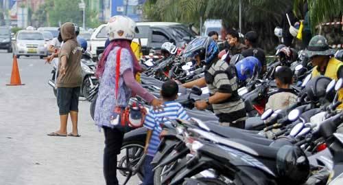 Dishub Bandar Lampung Diminta Tindak Parkir Liar