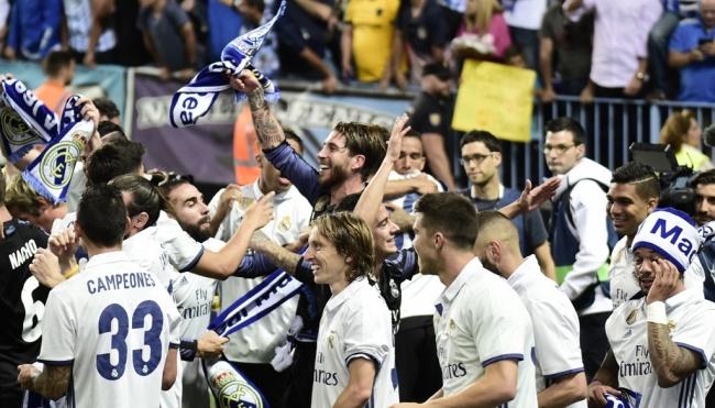 LAMPUNG POST   Real Madrid Juara La Liga Spanyol!