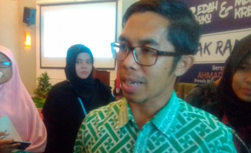 Ahmad Fuadi: Tulisan Lebih Kuat dari Peluru