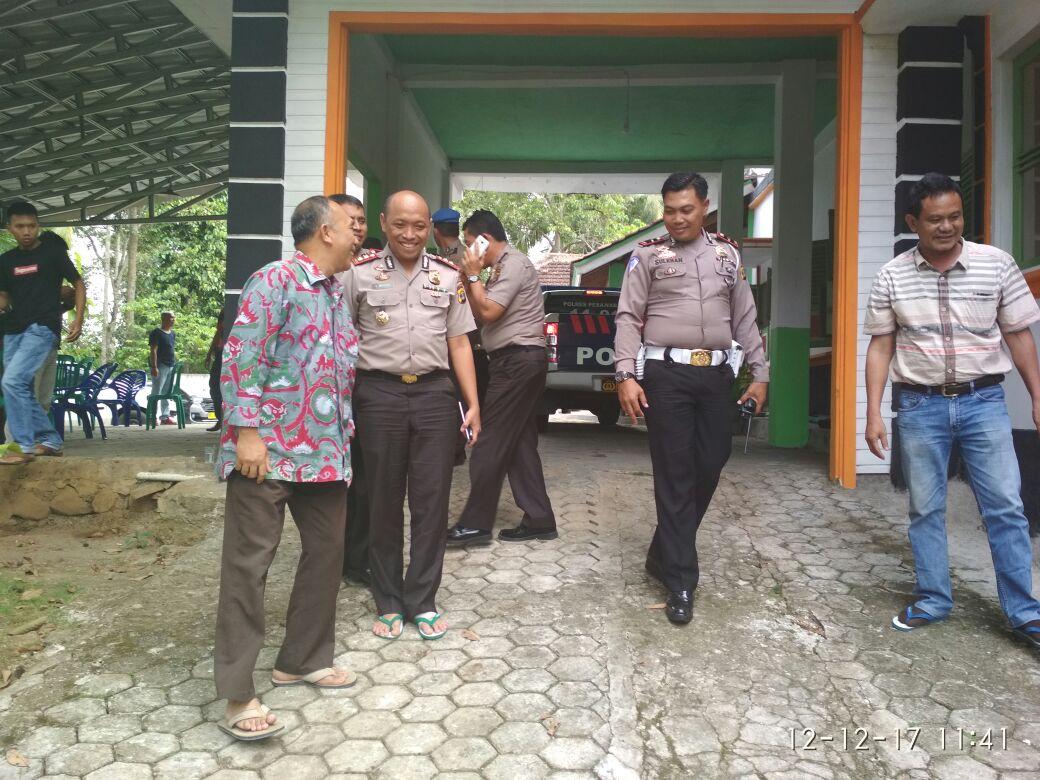LAMPUNG POST | Kurang Sehat, Kapolres Pesawaran Saiful Wahyudi Tetap Silaturahmi