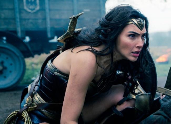 LAMPUNG POST   Gal Gadot Akui Pernah Ingin Pensiun Sebelum Dapatkan Wonder Woman